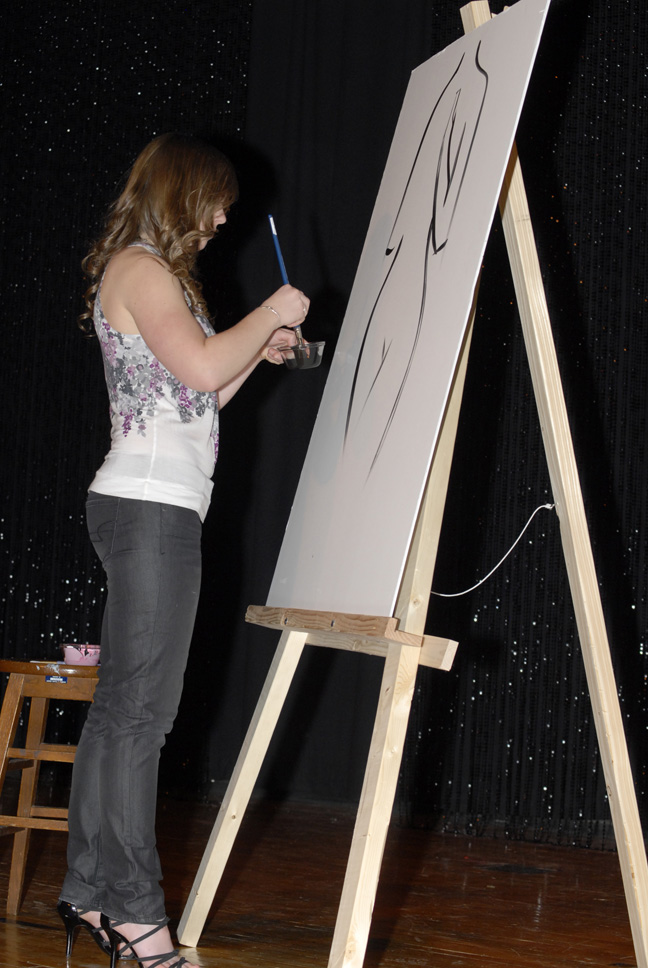 Annie Knoff painting during talent