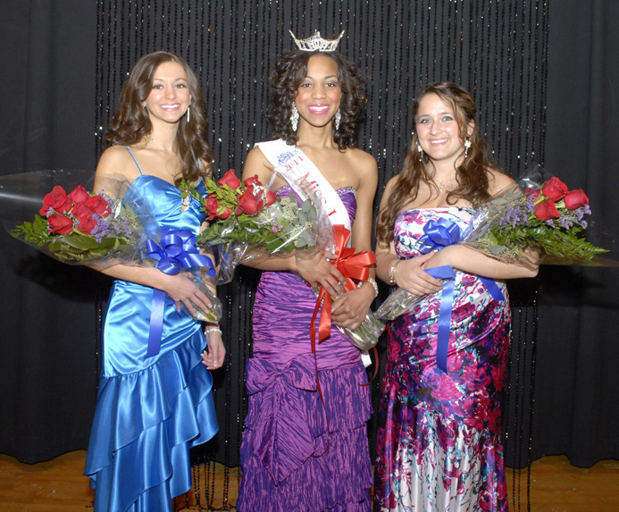 Cassandra Pizzi, First Runner Up; Jasmine Jones, Miss Lawrence Tech 2011; Eva Koleva, Second Runner Up