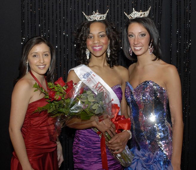 Andrea Freile, Miss Lawrence Tech 2009; Jasmine Jones, Miss Lawrence Tech 2011; Jenelle Sekol, Miss Lawrence Tech 2010