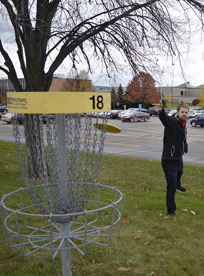 Chadd Scruggs practices disc golf