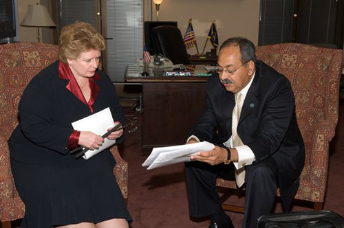 Dr. Nabil Grace talks with the Honorable Debbie Stabenow