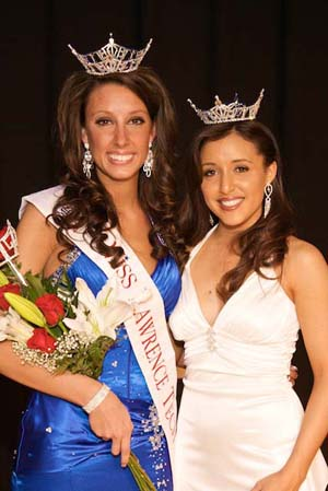 Miss 2009 Andrea Freile and Miss 2010 Jenelle Sekol
